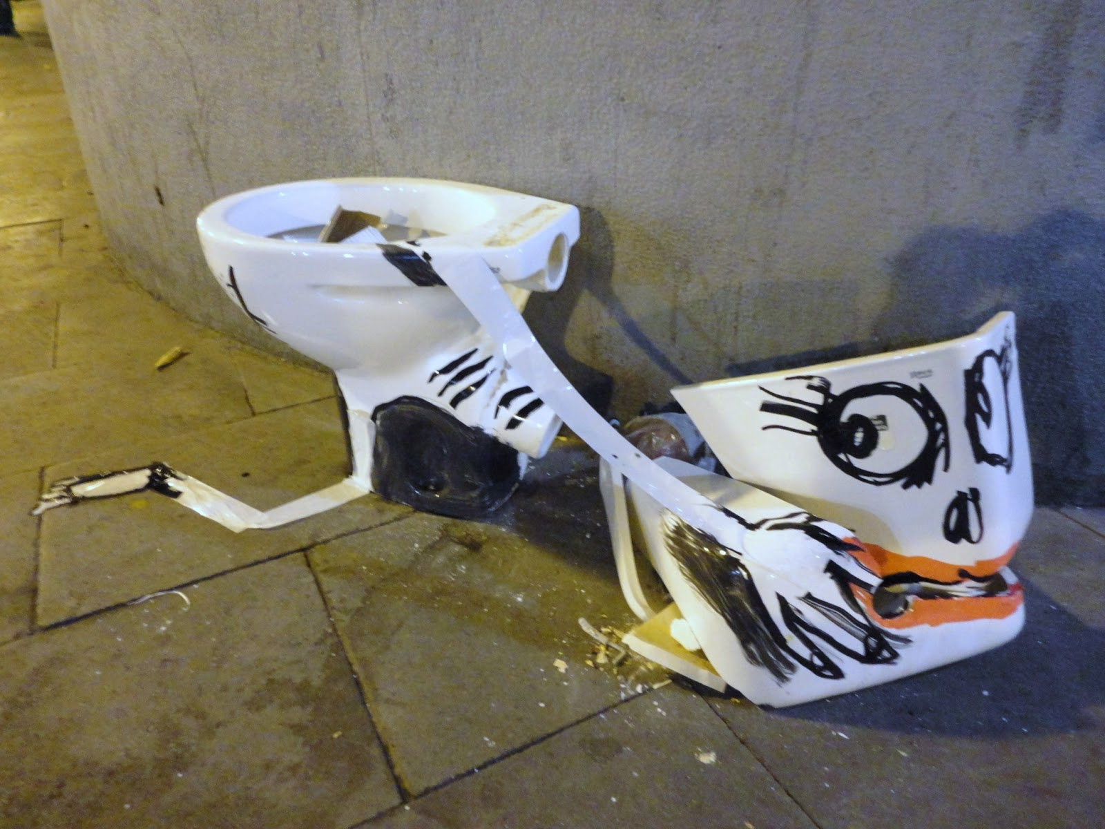 nuncalosabre.Art is Trash - Francisco de Pájaro