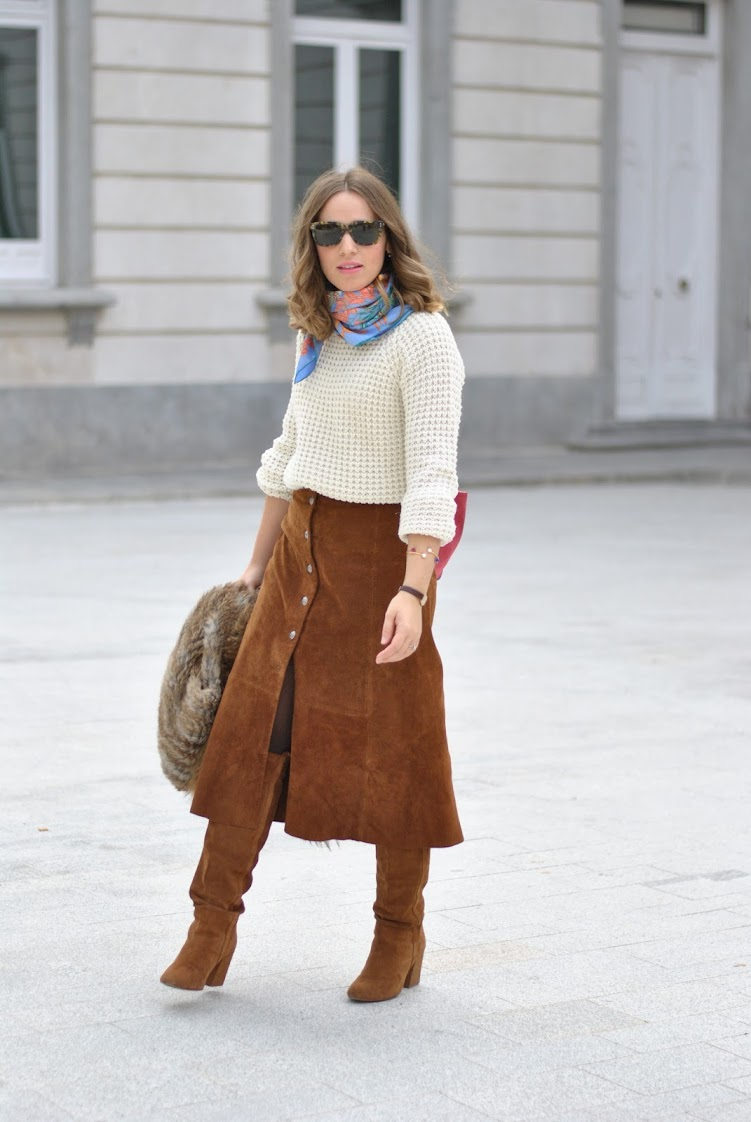 Suede skirt for autumm