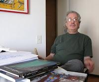 Foto de Carlos Trillo, criador do personagem El Loco Chávez, entre outros.