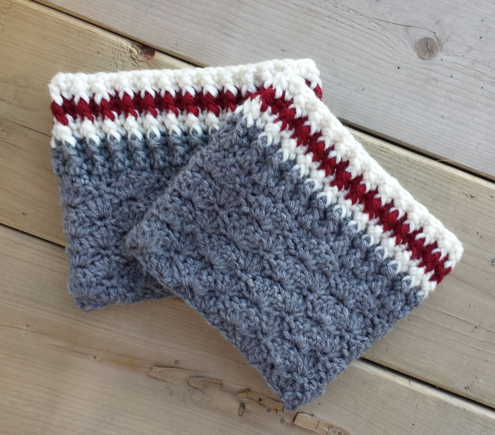 47 Crochet Boot Cuffs Pattern - The Funky Stitch
