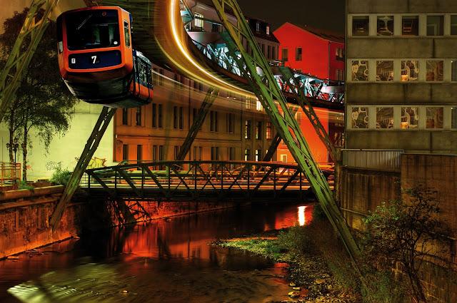http://www.germany.travel/lt/miestai-ir-kultura/miestai/galerie-vupertalis.html
