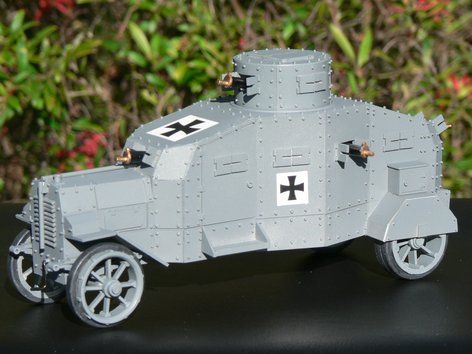Col 39 S Tanks Ww1 German Erhardt 17 Armoured Car