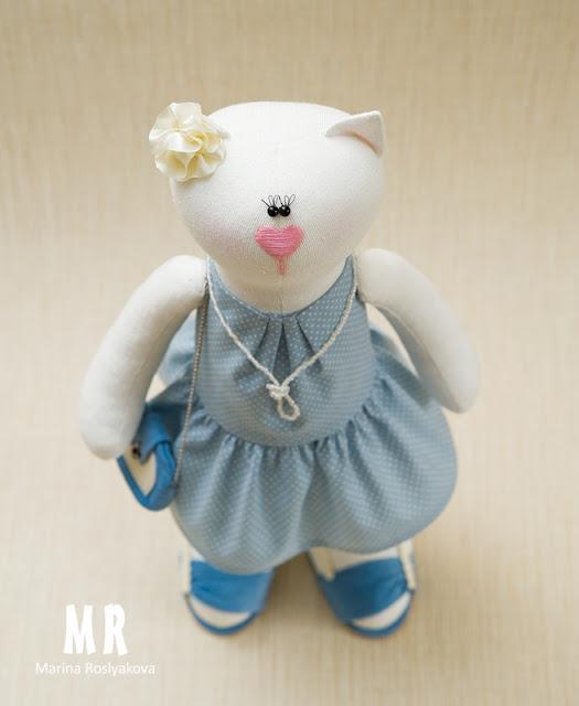 Кошка в платье с сумочкой Игрушки ручной работы от Марины Росляковой Мягкая игрушка Хэнд