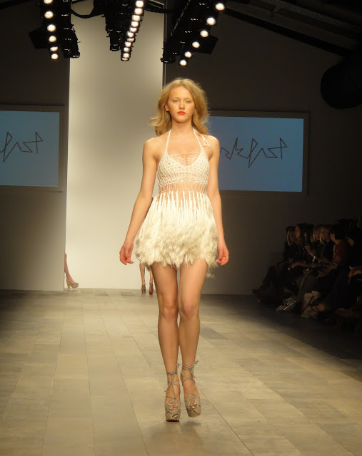 Mark Fast, London Fashion Week, London Fashion Weekend, S/S 11, Spring summer, knit, knit dress