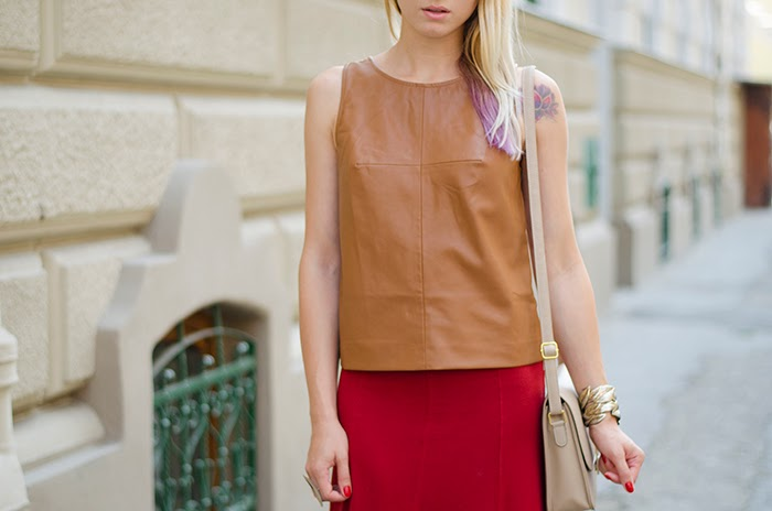 Stradivarius brown leather top H&M crimson full skirt