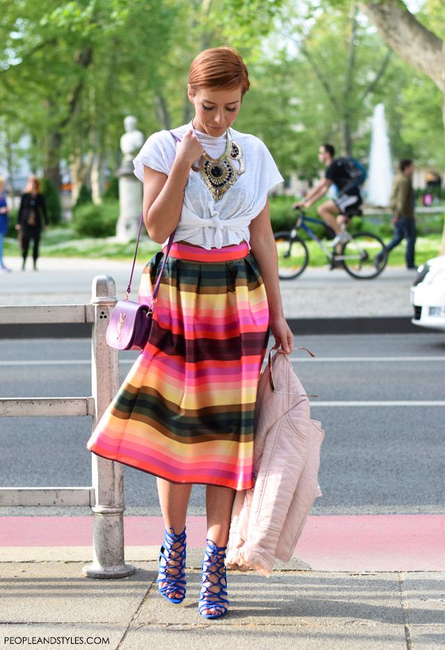 how to wear midi skirt lace up shoes white t-shirt and statement necklace, Sandra Špičić, zagrebačka špica