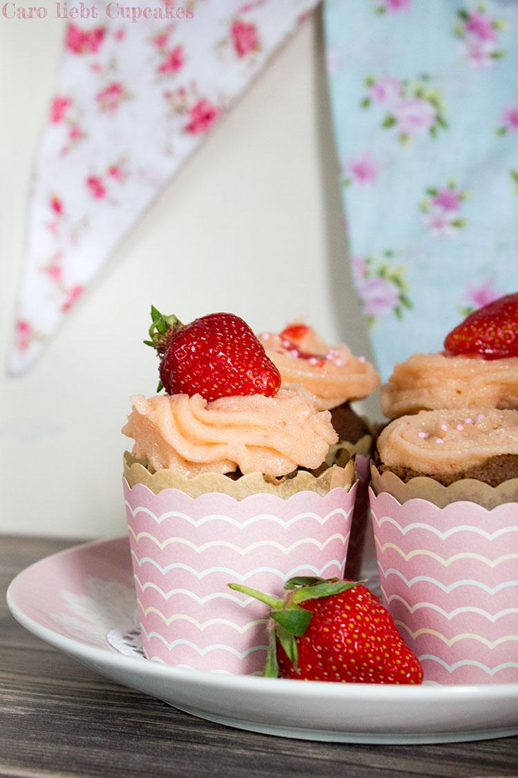 Schoko-Erdbeer-Cupcakes