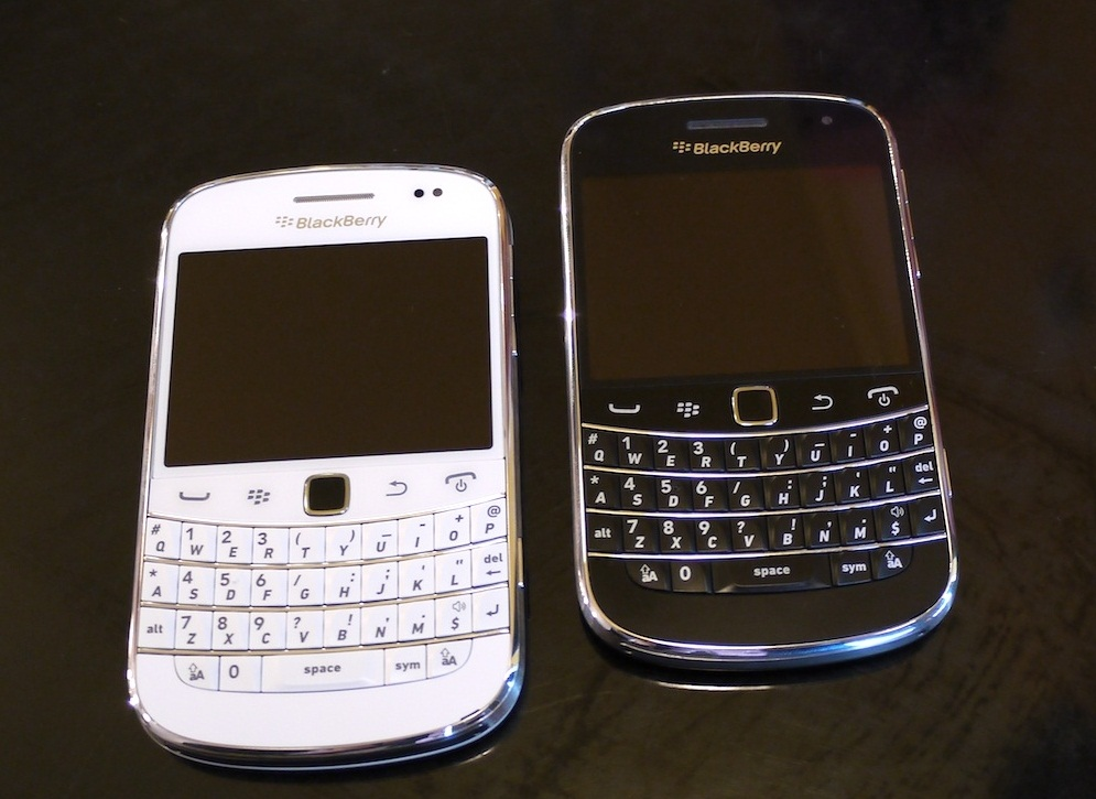Http Itweaksexpert Blogspot Com 2012 06 Blackberry Bold 9900 Black Or White Html
