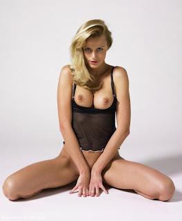 Amateur Porn - sexygirl-sofia3_13-749079.jpg
