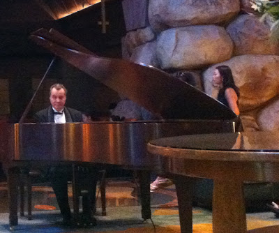 Grand Californian lobby Disneyland Resort DCA Pianist