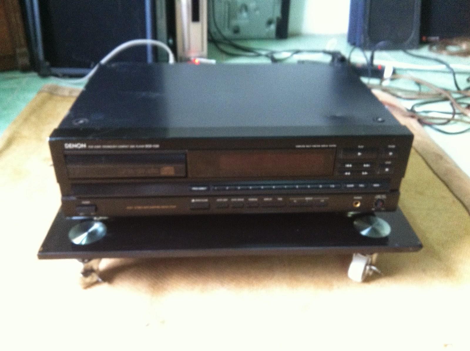 Mặt trước CD Denon DCD-1130
