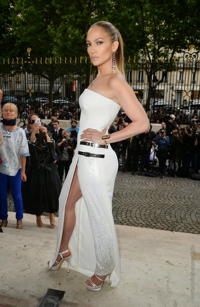 Fierce or Flop: Jennifer Lopez in Versace?
