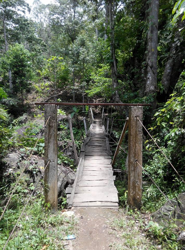 jembatan kayu rappoang