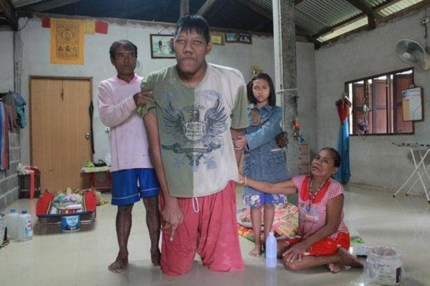 world's tallest man dies