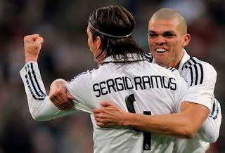 Ramos y Pepe, renovaron con Real Madrid
