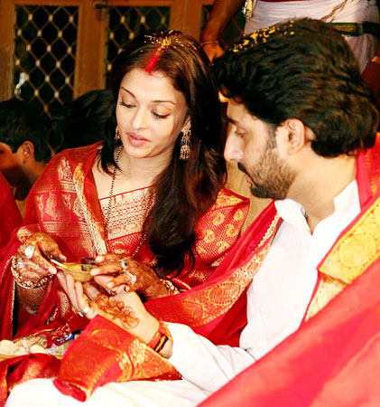 aishwarya rai`s & abhisek bachchan`s wedding photos