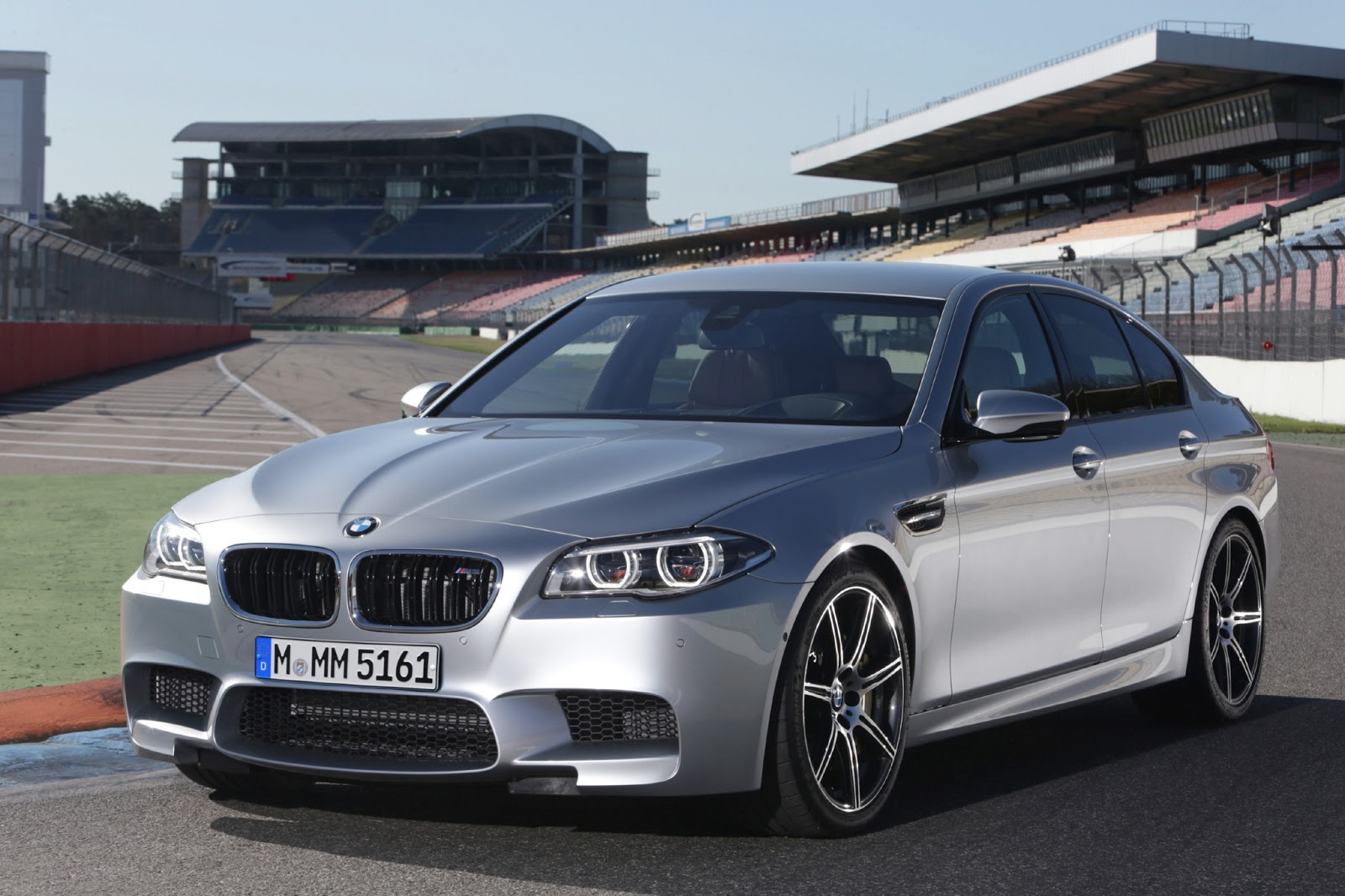 Price List and Specs for 2014 BMW 5 Series Sedan, Gran Turismo and ...