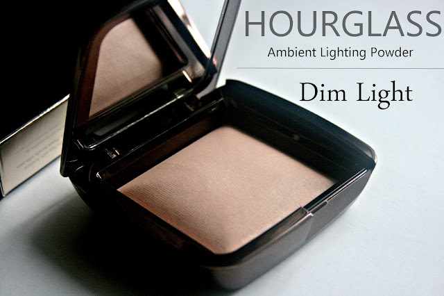 Hourglass Ambient Lighting Powder in Dim Light Review, Photos & Swatches