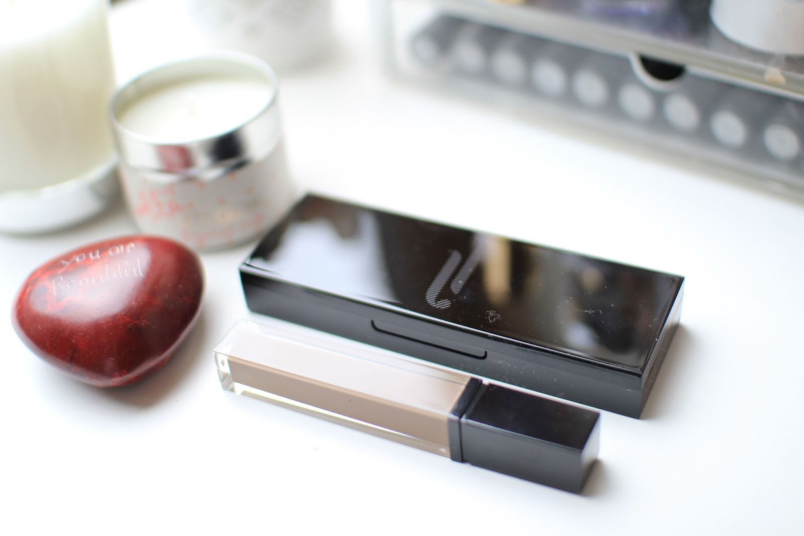 The HD Brows Brow and Eye Palette and Browfix