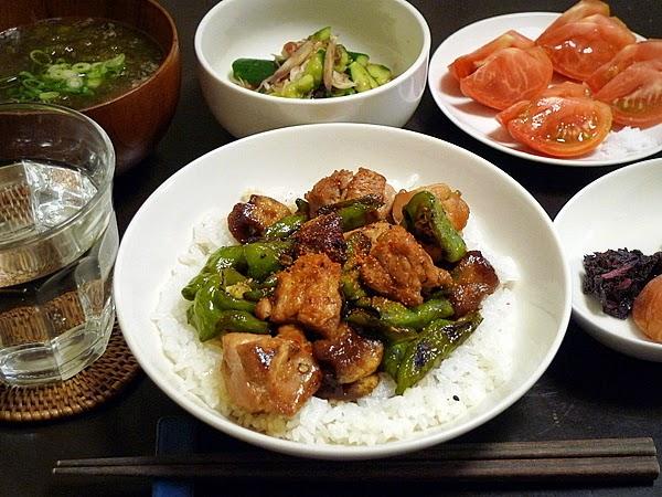 昨日のおっさんひとり飯 万願寺と麸の焼き鳥丼
