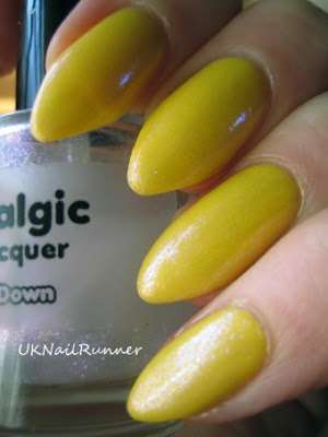 Bourjois Sunny Sunday with Nostalgic Chilly Down