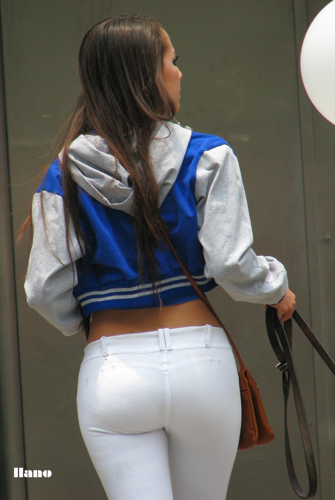 Culona de leggins blancos - 1 part 1
