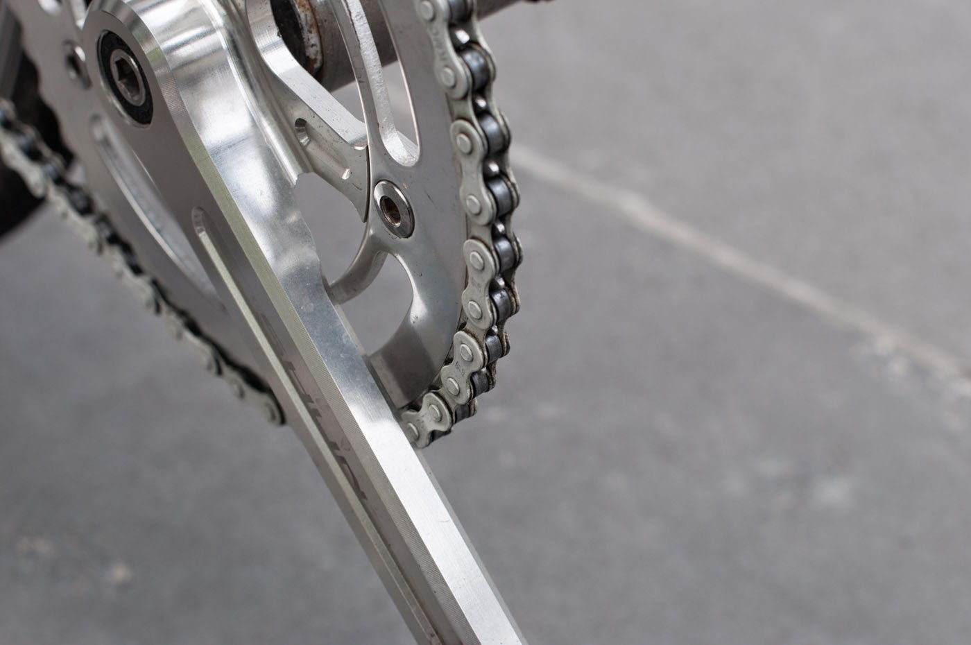 single speed, conversion, road bike, bicycle, Swanston street, Melbourne, Australia, the biketorialist, tim macauley, Macauley, detail, leather, frame, biketorialist, bespoke, custom, customisation, style, bike, bicycle, crank, chain