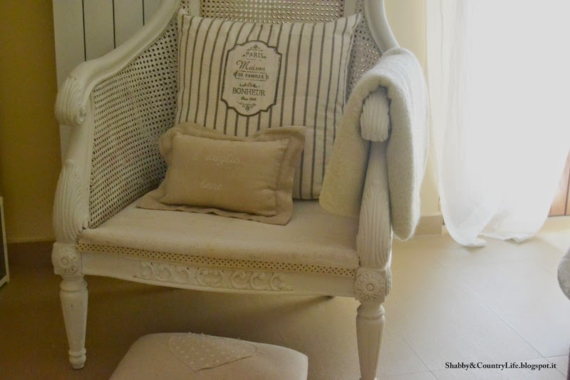 { Tappezzeria facile : Restyling Poltrona } - shabby&countrylife.blogspot.it