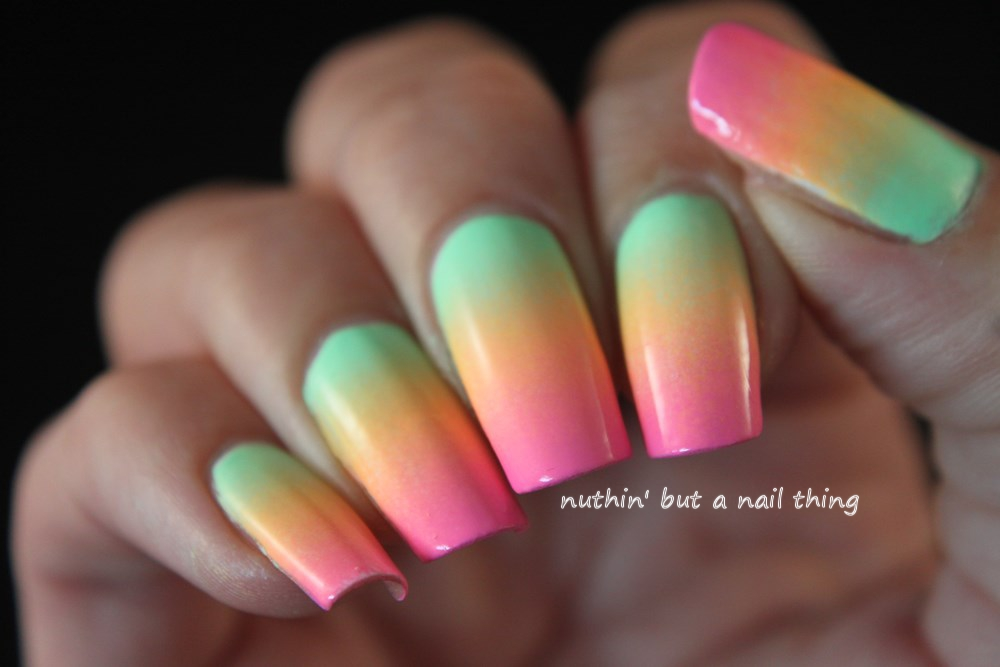 Rainbow gradient nail art
