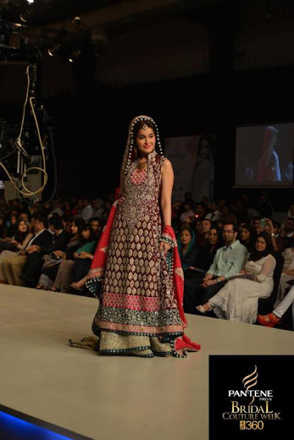 Shaista Lodhi, on ramp, in Bridal Couture Week -Pakistan celebrities