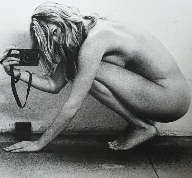 Ali Larter desnuda