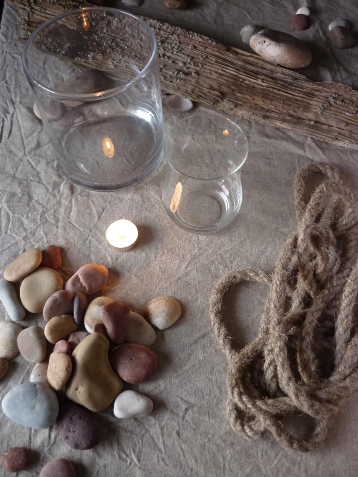 Photophore d 39 inspiration bord de mer cordage et galets for Bouquet bois flotte