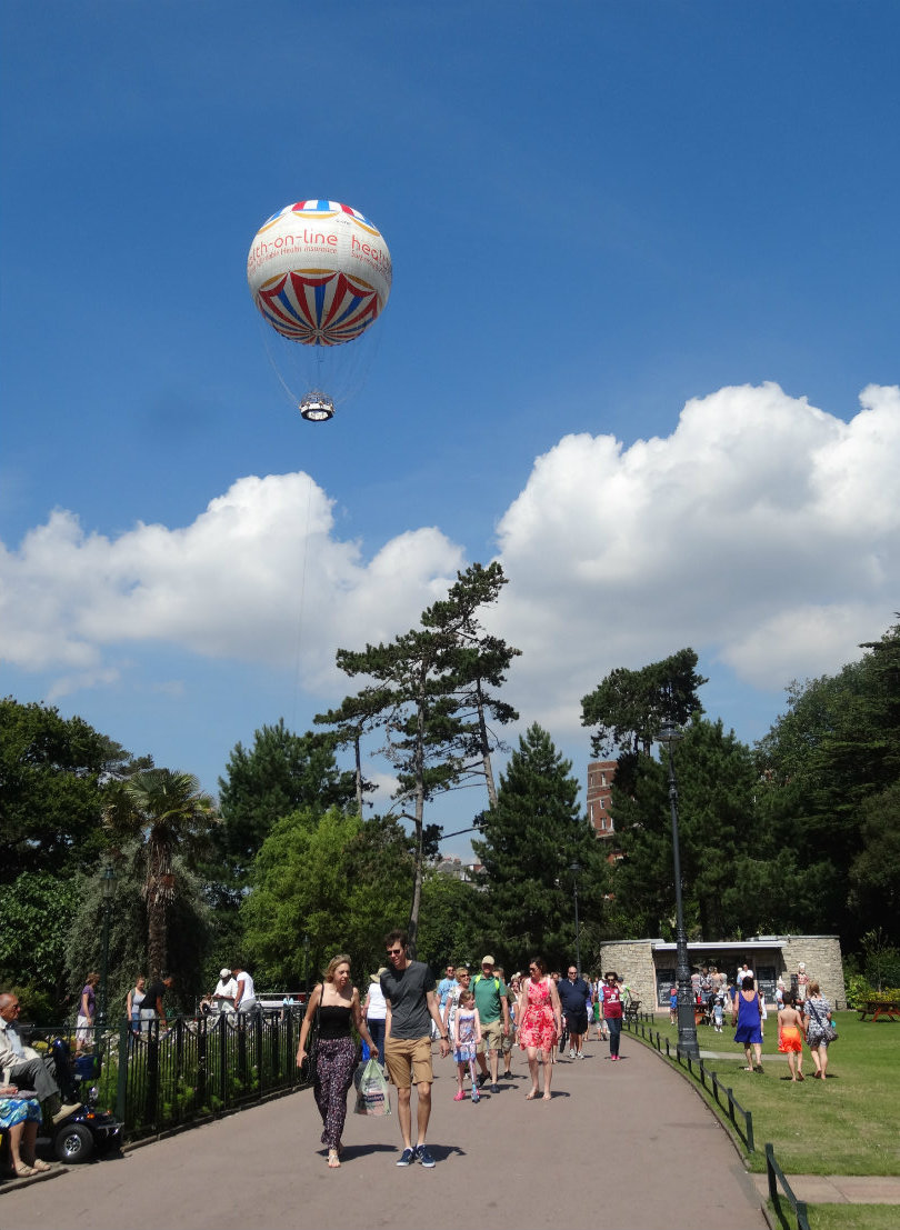 Bournemouth_The_Gardens_Balloon