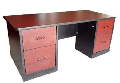 si quieres simpleza y un espacio que refleje y limpieza el escritorio en color blanco es el ideal le da la sensacin al cuarto de ser limpio