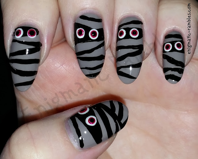 Zombie-Mummies-Mummy-Halloween-Nails-Nail-Art