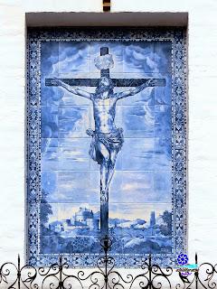 Sevilla - Plaza de la Alianza en el Barrio de Santa Cruz - Cristo de las Misericordias