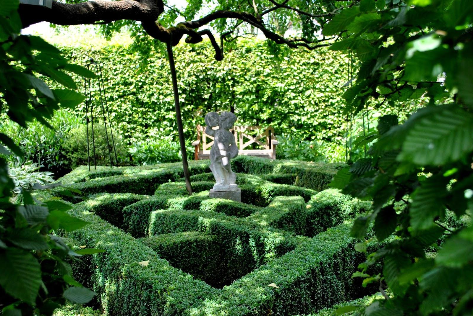 Terrasse plus g rten unterschiedlich wie ihre besitzer for Gartengestaltung verwunschen