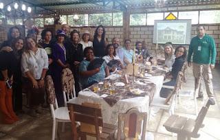 Participantes do Tour da Experiência em visita ao Sobrado Histórico José Francisco Lippi, no interior do Município