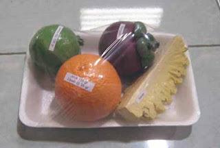 Replika model buah jeruk, jambu, manggis dan nanas