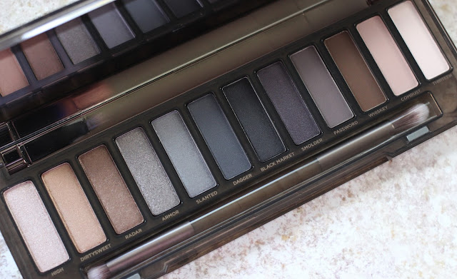Urban Decay Naked Smoky review shades