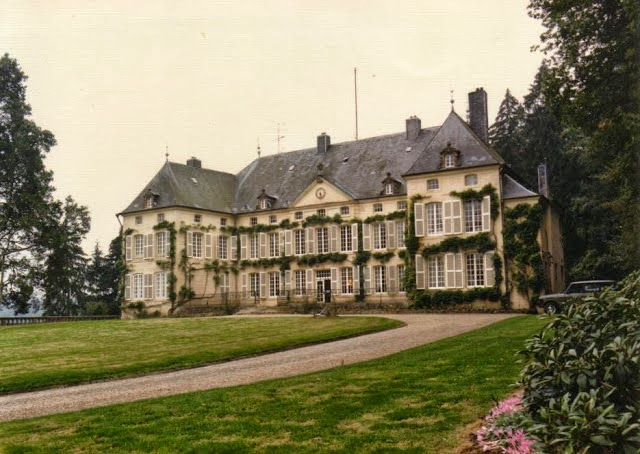 Luxarazzi luxembourg 39 s downton abbey and other news - Chateau de downton abbey ...