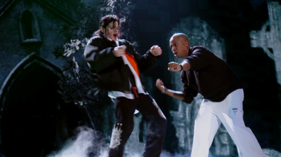Michael Jackson's – This is it – Thriller in 3D, Michael rocks at the cemetery.