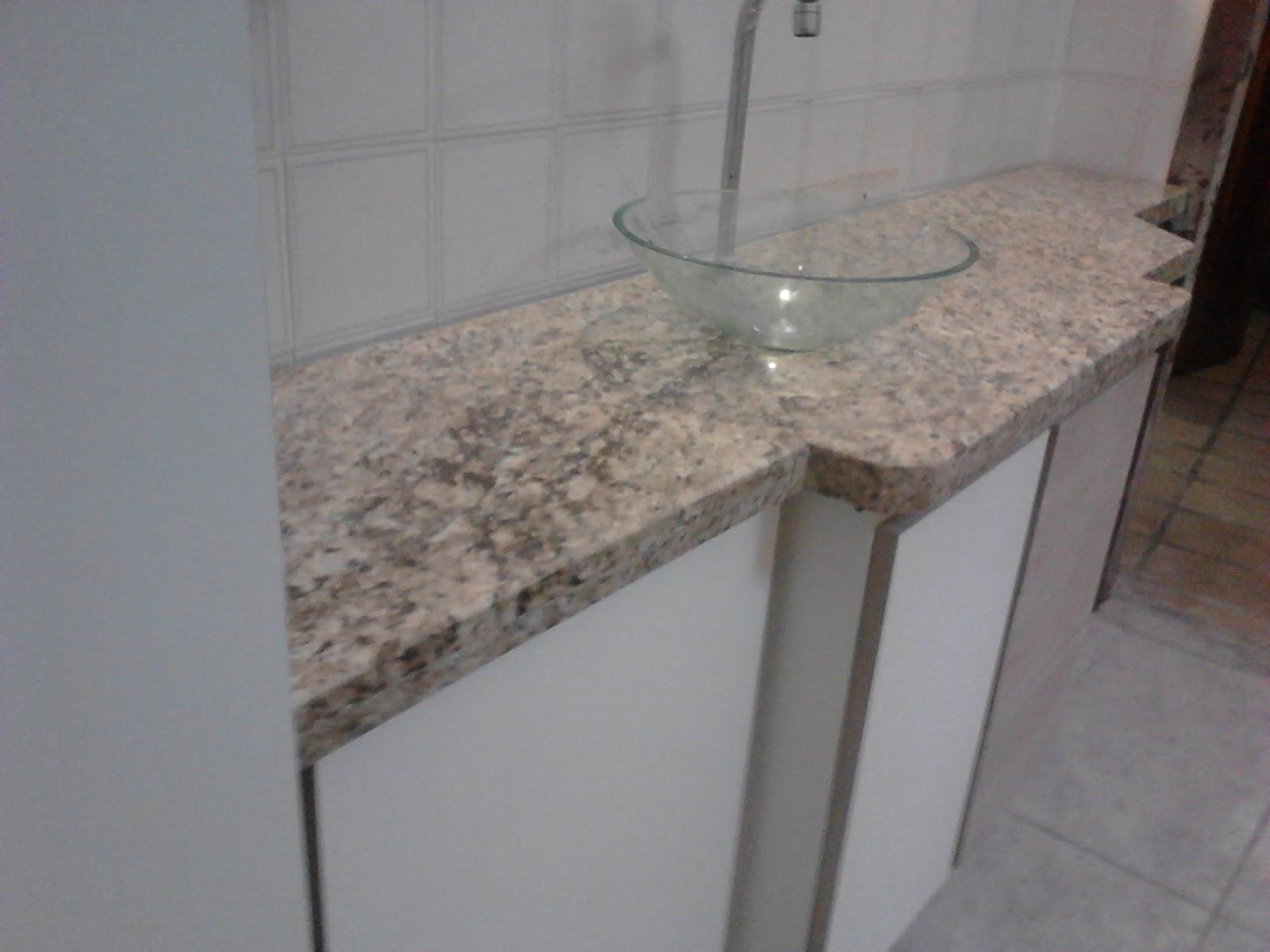 Casa Nova Marmores e Granitos A qualidade faz toda a diferença  #372D29 1600x1200 Banheiro Com Granito Amarelo Ornamental