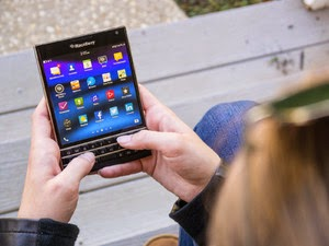 Blackberry Passport Terbaru