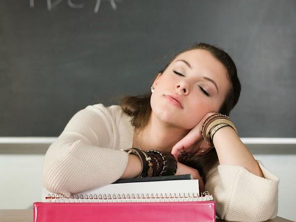 Buồn ngủ thì cứ ngủ