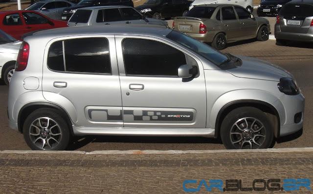 Fiat Uno Sporting 2013 - Prata