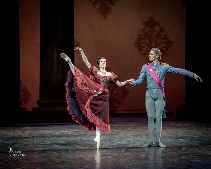 Isabelle Ciaravola. Bailarina