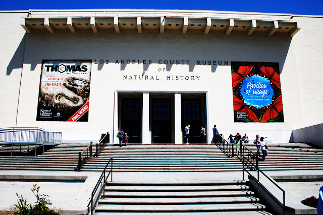 Entrada do Museu de História Naural de Los Angeles
