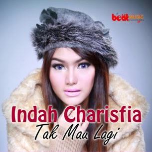 """Gadis kelahiran Bekasi, 21 Januari 1994 ini sudah malang melintang di dunia acting dan modeling. Pernah membintangi sebuah FTV berjudul """"Kalau ..."""