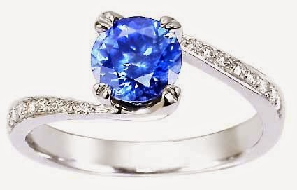 пръстен със сапфир